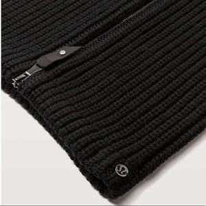 Lululemon Wool Be Cozy Snood Black